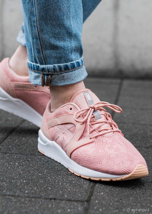 10 paires de chaussures roses qui fleurent bon l'amour