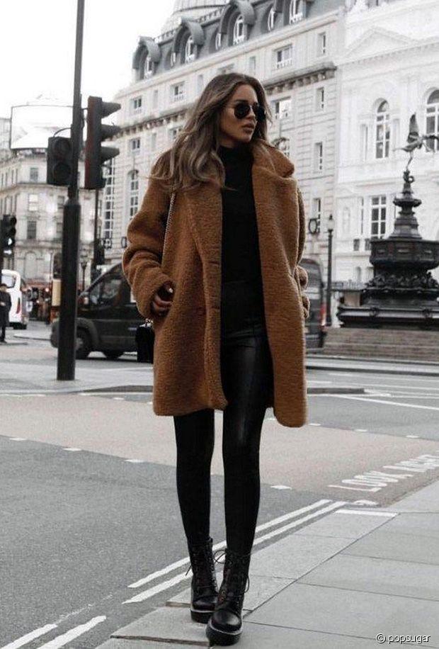 Quelles chaussures porter avec un manteau en fausse fourrure ?
