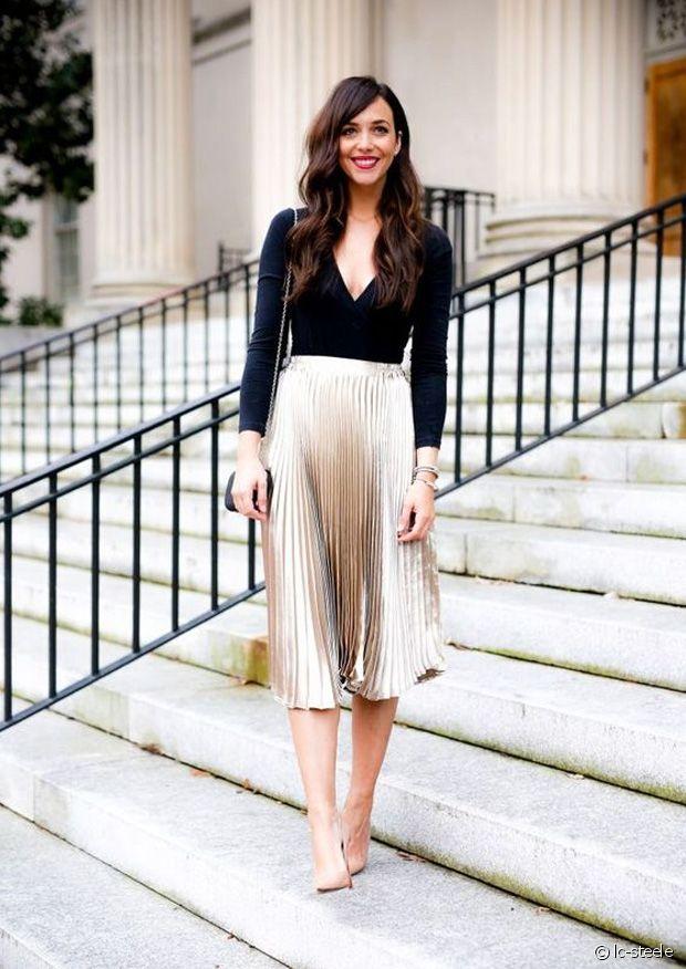 look jupe plissée et bottines plates pointues