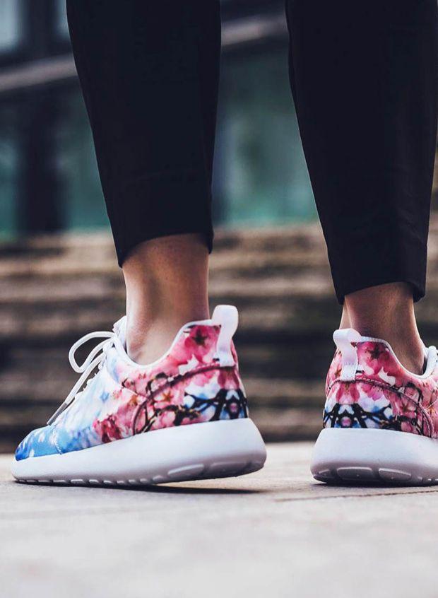 Nike Cherry Blossom Pack 2016