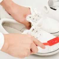 10 astuces pour nettoyer des baskets blanches en cuir - Run Baby Run