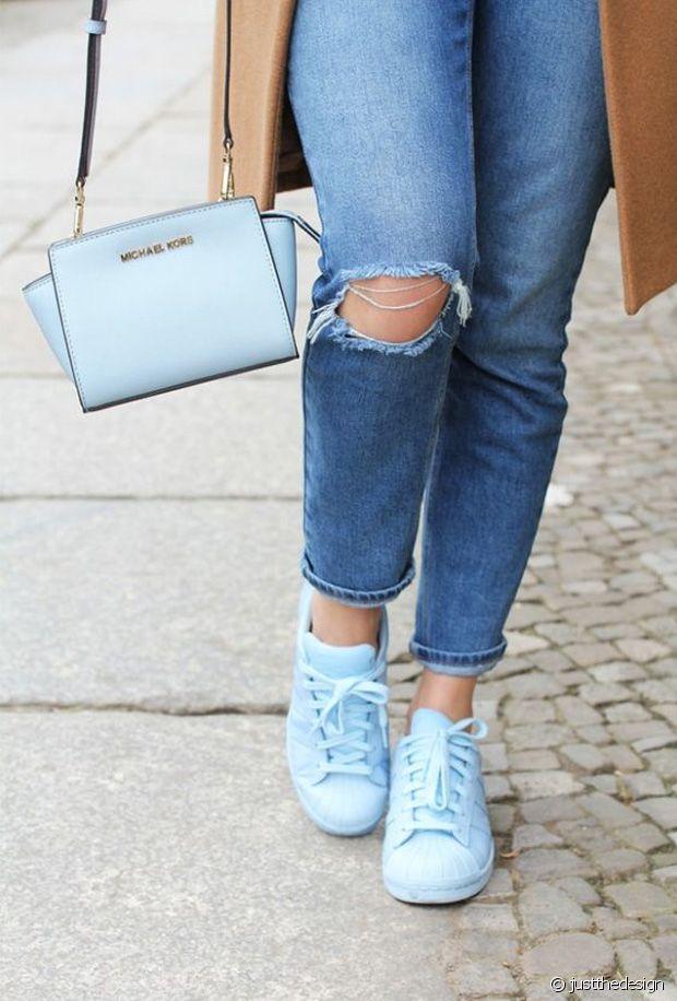 coordonner sac et chaussure bleu nuit irise