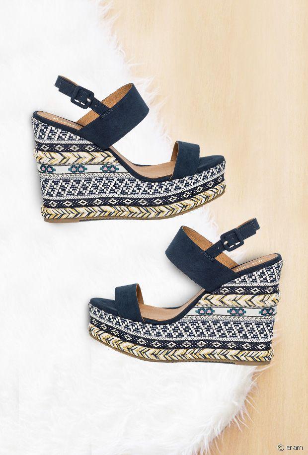 Sélection de sandales compensées ethniques pour l'été