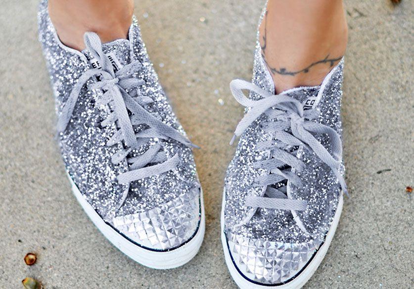 Résultat : des sneakers qui brillent plus fort que des boules à facettes