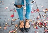 Les souliers à lacets : une alternative classe à la ballerine classique