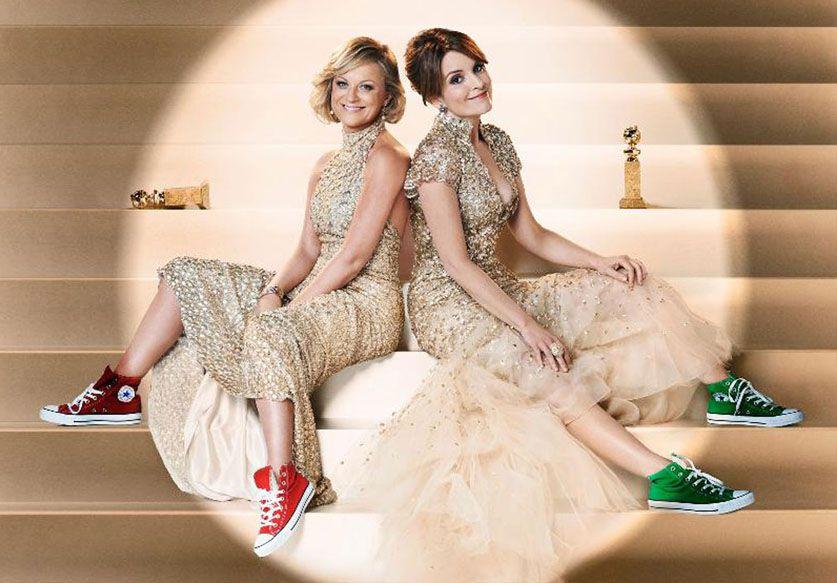 Amy Poehler et Tina Fey   les seules maîtres de cérémonie à savoir porter  des Converse cf168a4a9538