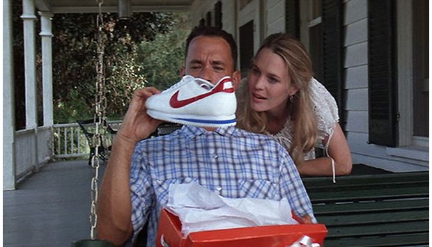 Chemise à carreaux et Nike : Forrest Gump ce hipster