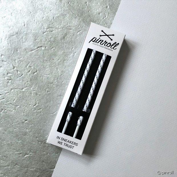 La fameuse paire de lacets ronds en blanc et gris