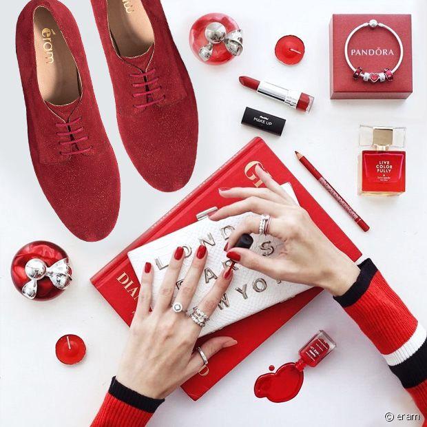 Coup de coeur pour ces jolies derbies rouges à paillettes