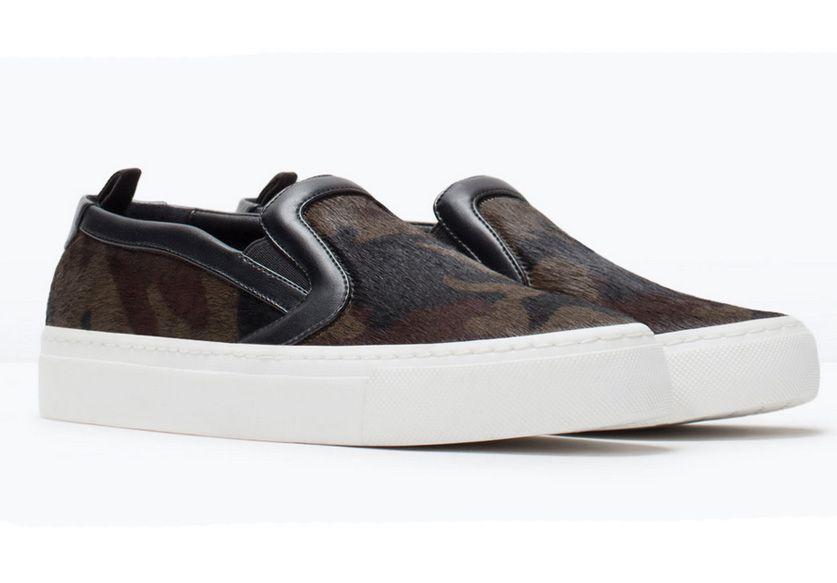 Les slippers poilues de  Zara  (49,95€)