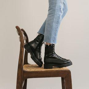 Bottines à lacets en cuir noir - jonak