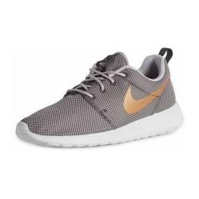 ade35de3552 10 comptes Instagram à suivre pour les amoureuses de chaussures