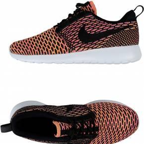 Sneakers & tennis basses nike femme. noir. 36.5...