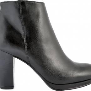 Bottines femme. exclusif cuir noir