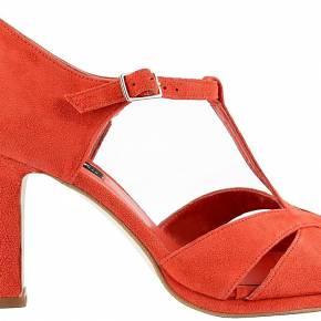 Sandales cuir. exclusif nubuck corail