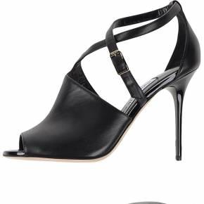 Sandales jimmy choo london femme. noir. 38 - 39...