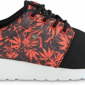 Running weedflowers noire femme cash money