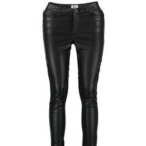 Pantalon wonder vero moda noir