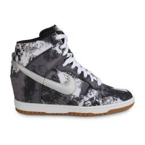 Baskets/streetwear dunk sky hi print noire...